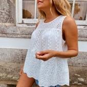 Nunca son suficientes blusas blancas y menos si son tan bonitas como nuestra BLUSA MARGARITA 🌼  👉🏻Desliza para ver más fotitos📷 📦Shop online www.catalove.es  #nuevacolección #new #newcollection #blusa #white #look #lookoftheday #outfit #envíos
