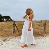 Nuestro VESTIDO SANTORINI es alucinante de bonito! 🤍   👉🏻Desliza para ver más fotos📷 📦Shop online www.catalove.es  #nuevacolección #vestidoslargos #vestidosibicencos #lookwhite #white #look #lookoftheday #outfit #envíos #inspiration